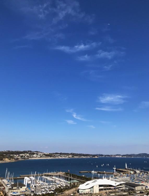江ノ島から七里ヶ浜方向